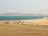 Саудовская Аравия решила изолировать Катар, сделав его островом