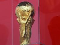 """Как отмечает автор статьи, сегодня Россия, безусловно, не получила бы права проведения чемпионата мира. Когда в 2010 году проходили выборы страны - организатора ЧМ, в России у власти стоял """"умеренно прозападный и миролюбивый"""" Дмитрий Медведев, и некоторые представители Запада надеялись, что путинизму пришел конец"""