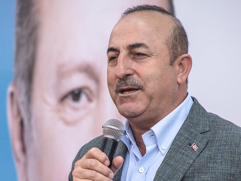 Власти Турции по-прежнему не признают присоединение Крыма к России и продолжают считать его аннексией. Об этом заявил глава турецкого МИД Мевлют Чавушоглу