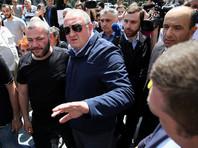 Президент Грузии пообщался в палатке с организатором протестов, у которого погиб сын