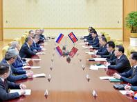 Накануне пресс-секретарь президента РФ Дмитрий Песков сообщил, что Лавров пока не доложил Владимиру Путину об итогах своей поездки в КНДР, поэтому рано говорить о возможности проведения российско-северокорейского саммита