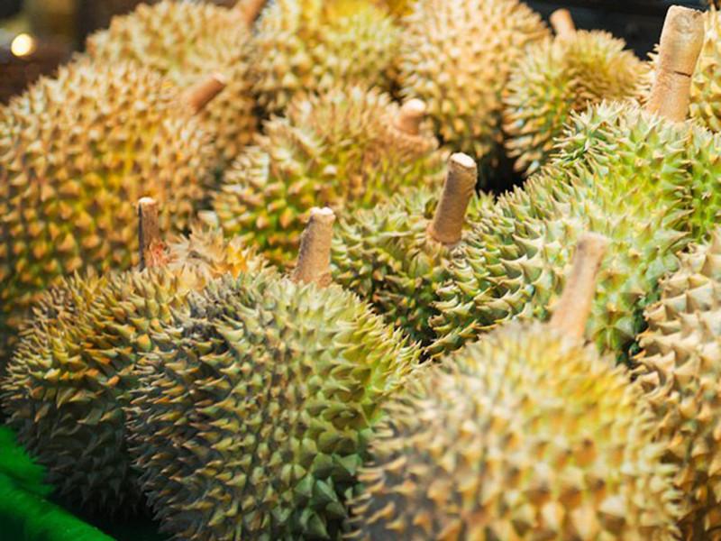 Агентство развития геоинформатики и космических технологий (GISTDA) Таиланда отправит в космос экзотический фрукт дуриан, известный своим резким запахом, с целью получения информации для разработки национального меню для космических полетов