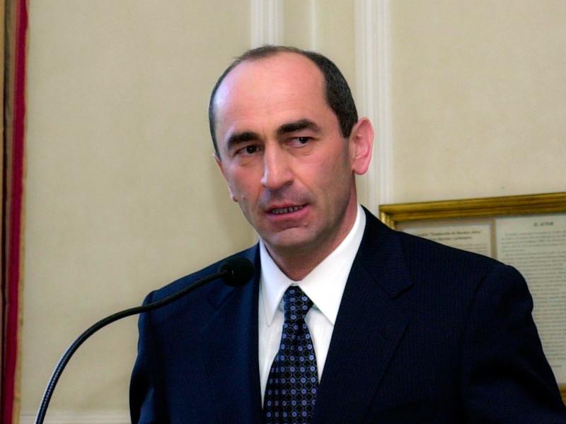 "Суд в Ереване арестовал экс-президента Армении Роберта Кочаряна"" />"