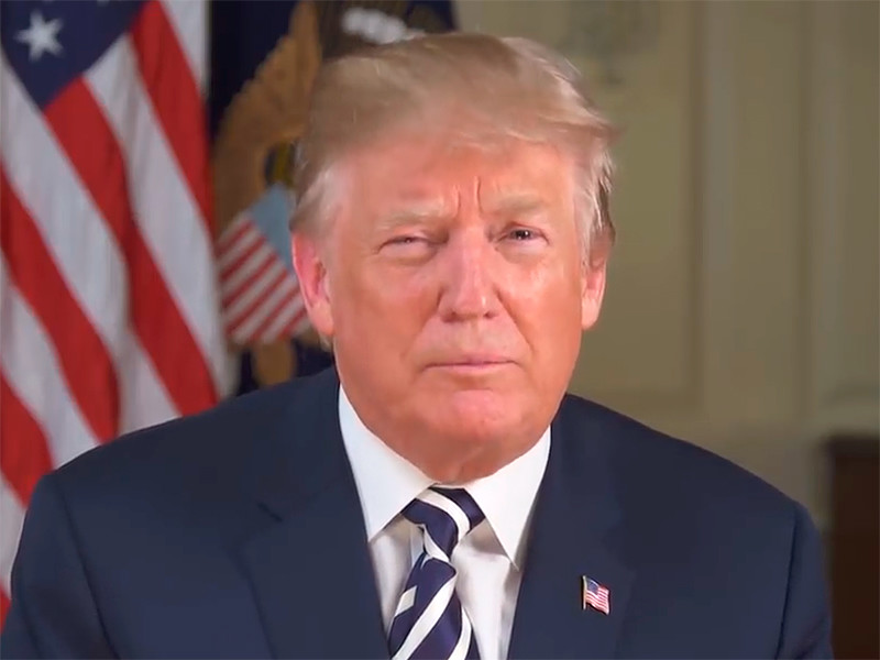 Президент США Дональд Трамп обеспокоен тем, что Россия может попытаться оказать влияние на предстоящие выборы в США в пользу Демократической партии. Об этом он написал во вторник на своей странице в Twitter