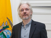 """Эквадор может в самое ближайшее время лишить Ассанжа убежища в посольстве и выдать его Великобритании"""" />"""