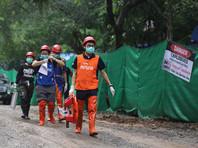 Число спасенных из пещеры в Таиланде детей увеличилось до 11