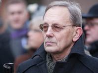 """Он отметил, что Кирштейнс - """"один из наиболее радикальных и националистически настроенных депутатов"""" Латвии, поэтому """"надо делать поправку на его личность"""""""