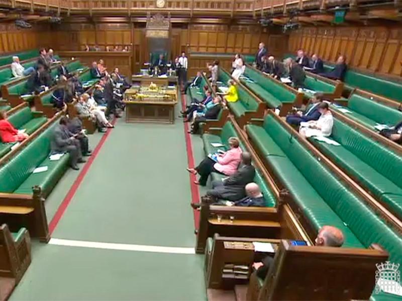 """Британский парламент призвал консолидированно противостоять растущей российской угрозе"""" />"""