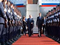 Президент РФ Владимир Путин в субботу прибыл в Германию на переговоры с канцлером ФРГ Ангелой Меркель