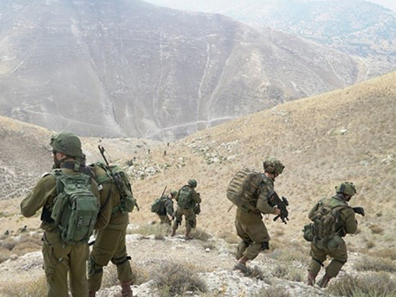 Российская военная полиция выставит восемь постов возле демилитаризованной зоны у Голанских высот на границе Сирии и Израиля, первый пост уже выставлен в населенном пункте Эль-Весия