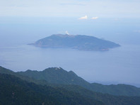 В Японии готовятся к эвакуации острова из-за ожидаемого извержения вулкана