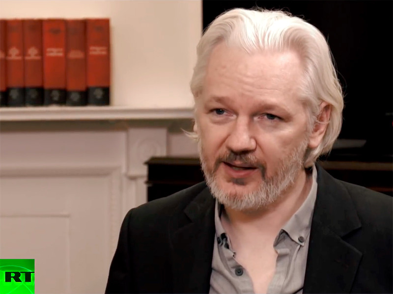 Основатель организации WikiLeaks Джулиан Ассанж рассматривает предложение комитета по разведке Сената Конгресса США о том, чтобы выступить с показаниями о якобы имевшем место вмешательстве России в американские президентские выборы