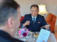 Госсекретарь США Майкл Помпео и заведующий отделом единого фронта Трудовой партии Кореи Ким Ён Чхоль, Нью-Йорк, 30 мая 2018 года