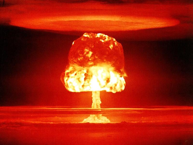 Россия, США или Китай могут совершенно случайно начать ядерную мировую войну. Как пишетNational Interest, причиной этого может стать специфика работы систем наблюдения и разведки, а также особенности размещения различных видов вооружения