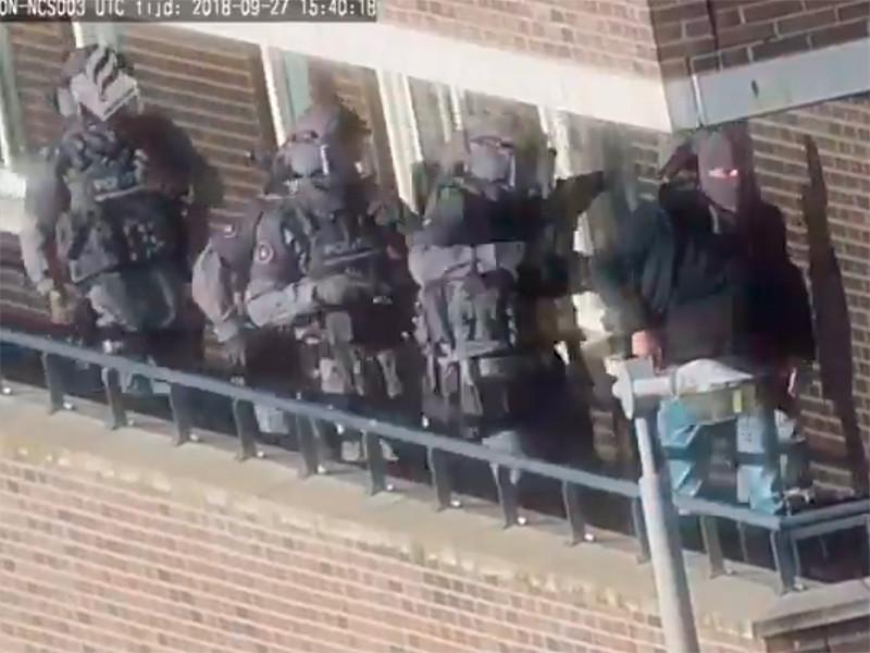 """Полиция Нидерландов сорвала крупные теракты, арестовав 7  человек"""" />"""