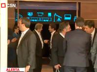 В Аргентине упал лифт, в котором находился министр промышленности и другие чиновники