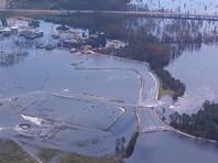 """Наводнение, вызванное ураганом """"Флоренс"""",  прорвало плотину в Северной Каролине"""