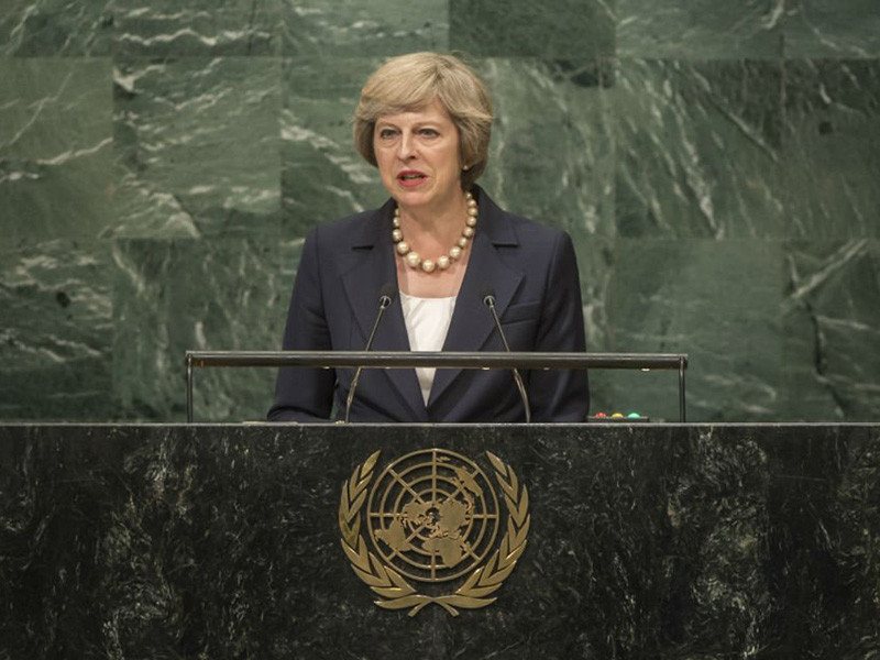 Премьер-министр Великобритании Тереза Мэй в очередной раз обвинила Россию в грубом нарушении норм международного права на примере инцидента в Солсбери и украинского кризиса. С соответствующими утверждениями она выступила в среду на сессии Генеральной Ассамблеи (ГА) ООН