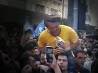 """""""Бразильского Трампа"""" проткнули ножом на встрече с избирателями. Нападавший действовал """"по воле бога"""" (ВИДЕО)"""