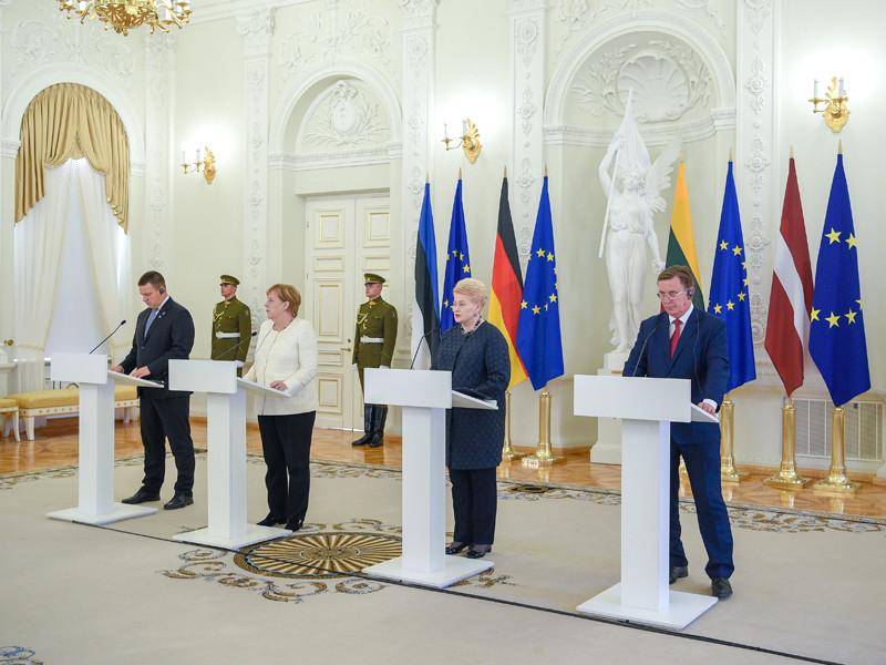 """Меркель: ЕС не будет отменять санкции против России, пока не будет  прогресса в реализации Минских соглашений"""" />"""