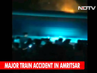 В Индии скоростной поезд наехал на толпу людей, отмечавших праздник победы добра над злом