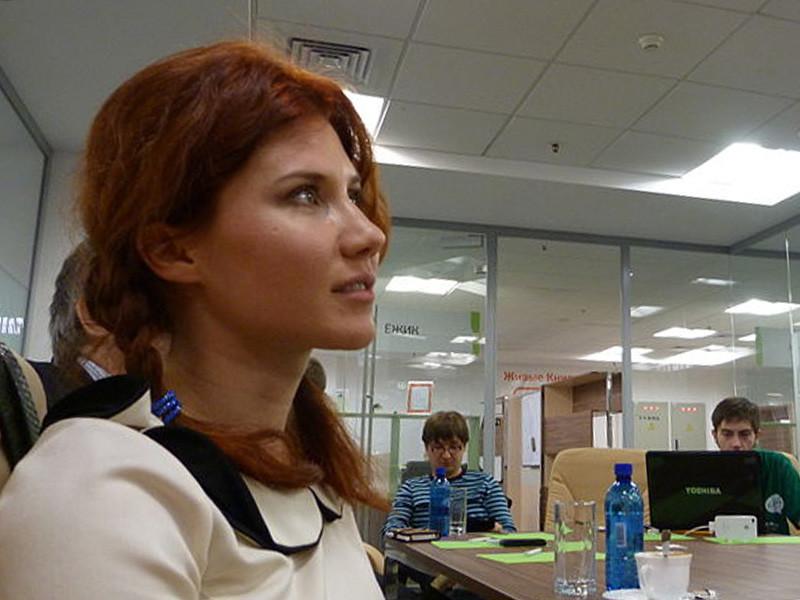 В результате измены экс-полковника СВР в 2010 году была раскрыта за рубежом группа российских разведчиков-нелегалов, в том числе Анна Чапман, прославившаяся позже из-за своей привлекательной внешности