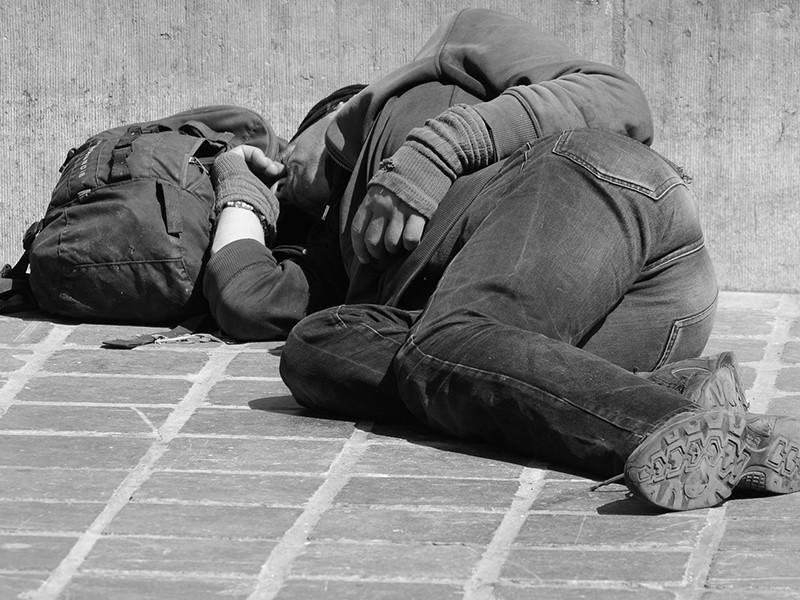 """Венгерским бездомным за ночевку на улице отныне грозит тюрьма"""" />"""
