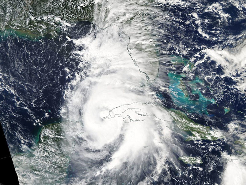 """В штате Джорджия введен режим чрезвычайной ситуации из-за урагана """"Майкл"""""""" />"""