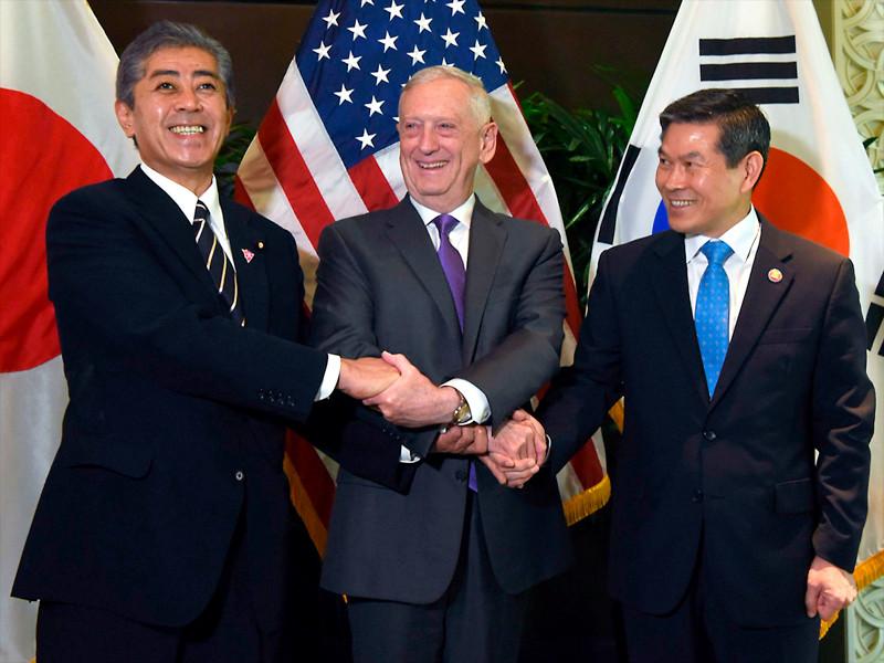 """США и Южная Корея отменили крупные совместные учения из-за КНДР"""" />"""