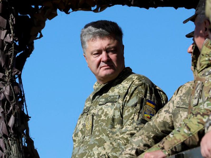 """Порошенко заявил, что Россия заплатит высокую цену за авианалеты на Украину"""" />"""