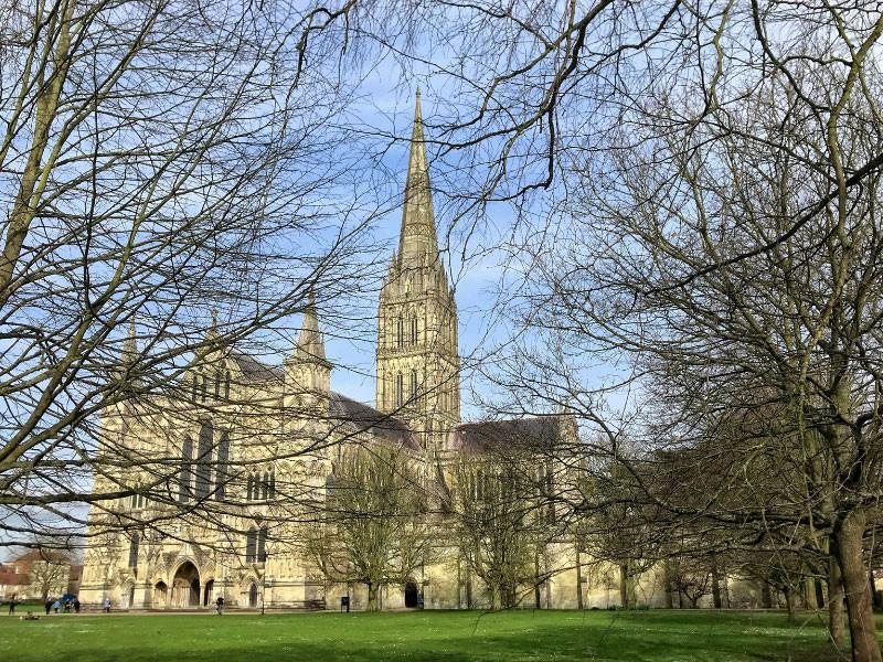 """В британском Солсбери задержали мужчину за попытку украсть из собора Хартию вольностей"""" />"""