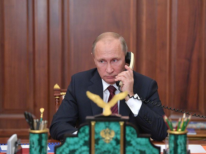 Президент РФ Владимир Путин провел телефонный разговор с королём Саудовской Аравии Сальманом Бен Абдель Азизом Аль Саудом, в ходе которого король рассказал президенту о расследовании убийства журналиста Джамала Хашогги