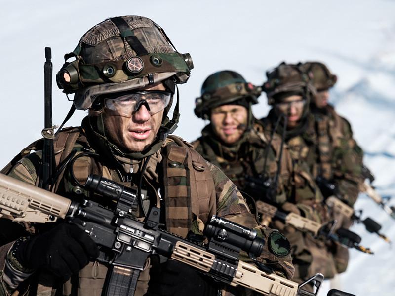 """Нидерландский генерал обвинил Россию в провокациях во время учений НАТО"""" />"""