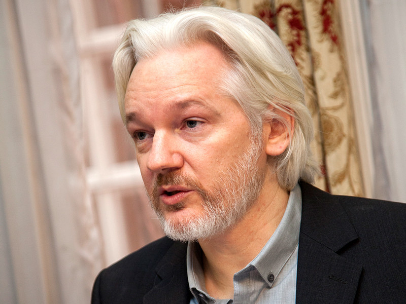 """Власти Эквадора подтвердили условия предоставления убежища Ассанжу в посольстве страны в Лондоне, сославшись на решение суда"""" />"""