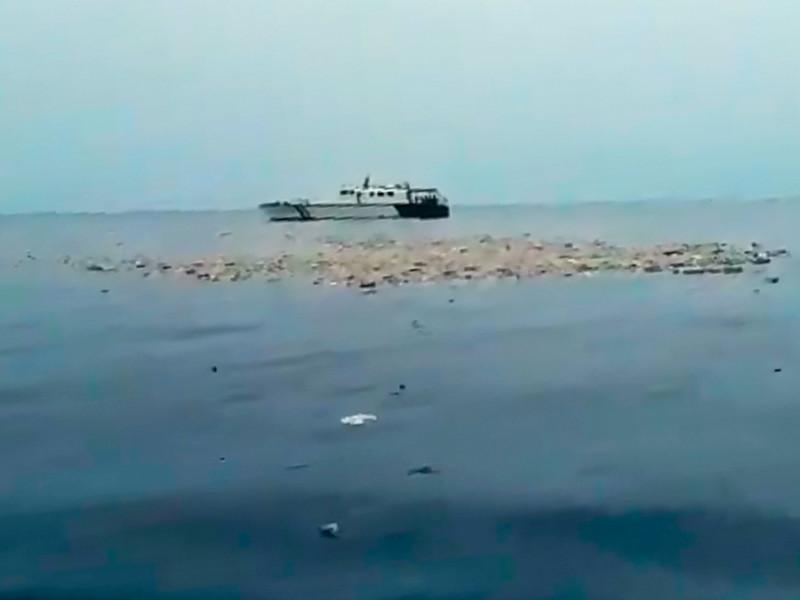 """В Индонезии разбился пассажирский самолет Boeing 737 MAX 8: погибли  189 человек"""" />"""