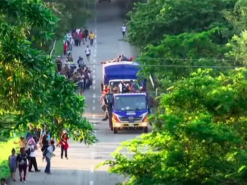 """Еще один """"караван мигрантов"""" численностью почти в 200 человек отправился из Сальвадора в США"""