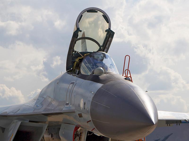 """В Египте во время тренировочного полета разбился поставленный Россией истребитель МиГ-29М"""" />"""