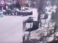 В Китае водитель сбил более 20 школьников после ссоры с женой (ВИДЕО)