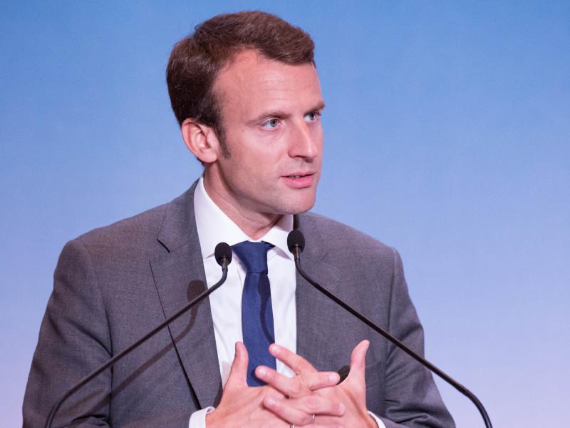 Макрон сорвал полноценную встречу Путина и Трампа в Париже