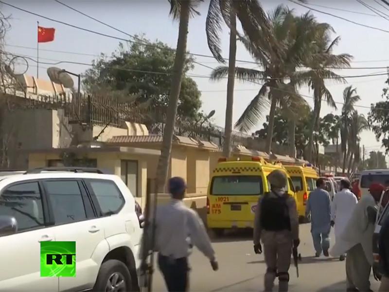"""В Пакистане при нападении на генконсульство КНР в Карачи убиты двое полицейских"""" />"""