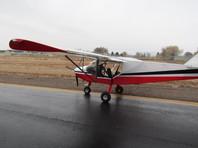 В США два подростка приехали на тракторе на аэродром, угнали самолет и улетели на нем в другой город (ФОТО)