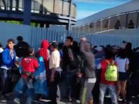 Осевшие в Мексике мигранты готовы на голодовку, чтобы им дали убежище в США