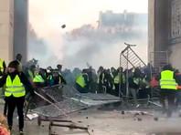 В минувшую субботу в центре Парижа прошли новые манифестации, которые вылились в массовые беспорядки, были зафиксированы многочисленные случаи грабежей и вандализма