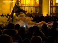 "В Будапеште полиция разогнала протестующих против ""трудового рабства"" (ФОТО, ВИДЕО)"