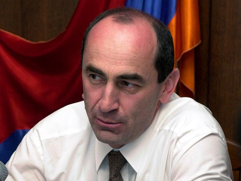 """Бывшего лидера Армении Кочаряна снова арестовали, а племянника другого экс-президента задержали в Праге с гватемальским паспортом"""" />"""