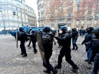"""Президент Франции обещает  манифестантам-погромщикам """"жесткий ответ"""""""" />"""