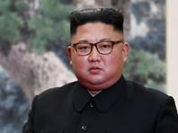 Северокорейских школьников накормили вафлями в день рождения Ким Чен Ына