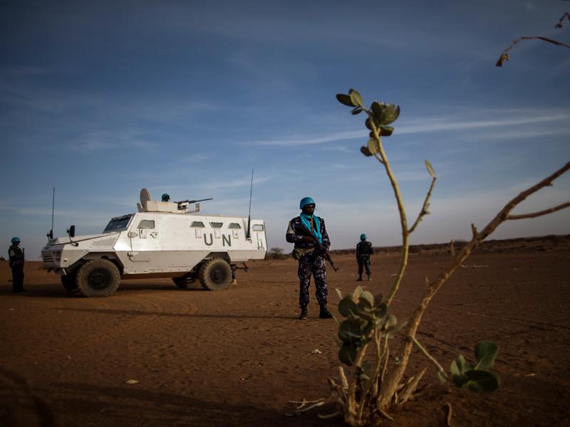 """10 миротворцев ООН погибли во время террористической атаки на севере Мали"""" />"""