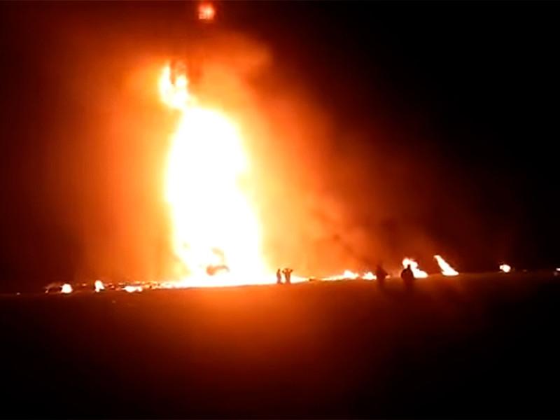 """Топливные воры спровоцировали два мощных взрыва на трубопроводах в Мексике: более 60 погибших, десятки ранены (ФОТО, ВИДЕО)"""" />"""