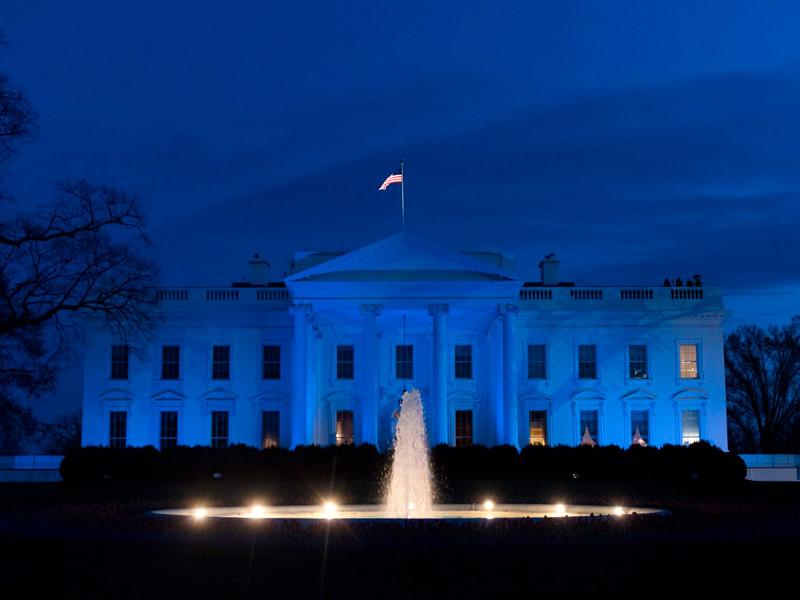 Американские конгрессмены начали расследование нарушений правил доступа к гостайне в Белом доме